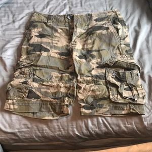Mossimo Supply CO camp shorts